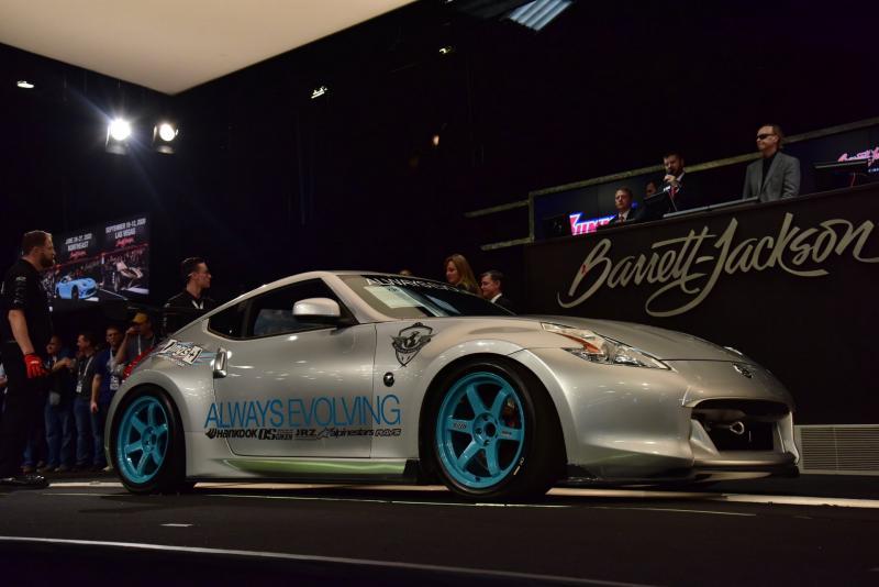 Nissan 370Z yang pernah dikendarai Paul Walker di film Fast and Furious, jadi mobil termahal yang pernah dilelang (carscoops)