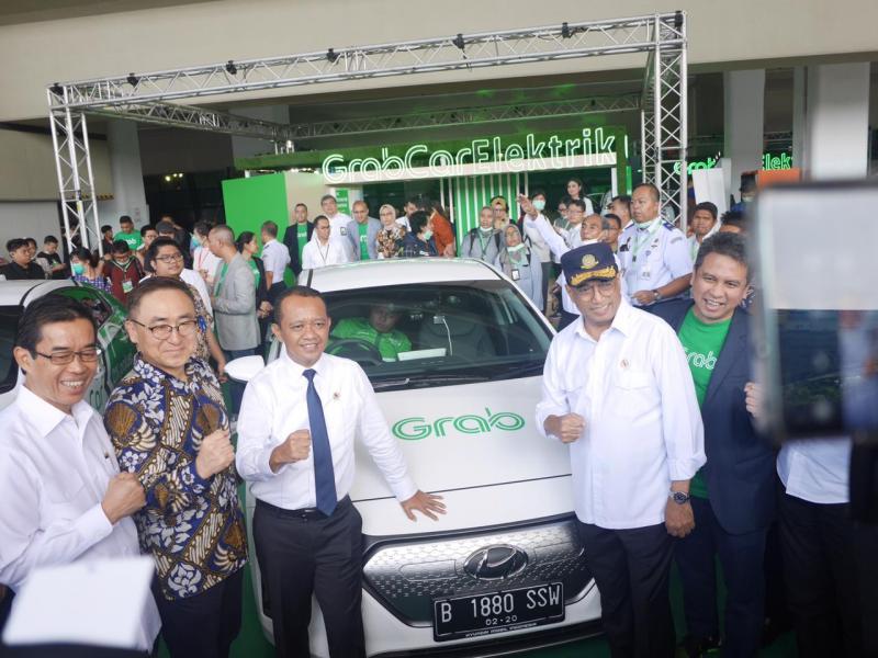Peluncuran yang dilakukan di Grab Pick-up Point, Gate 2 Terminal 3, Bandara Internasional Soekarno Hatta (27/1/2020) ini juga turut dihadiri sejumlah menteri dan instansi. (ist)