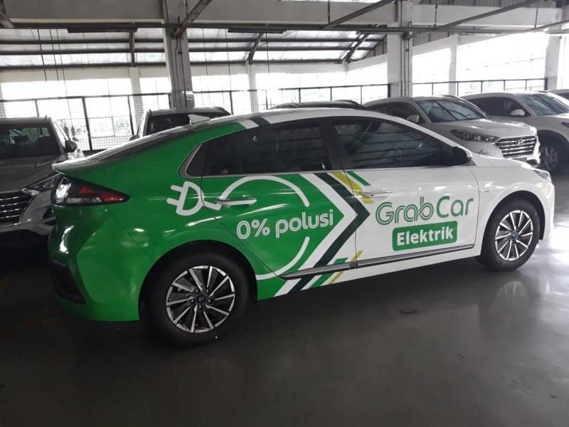 Hyundai Ioniq EV, mobil listrik yang menjadi armada baru GrabCar