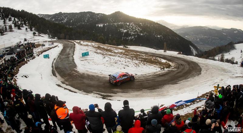 Aksi Thierry Neuville (Hyundai i20 Coupe WRC) di Col de Turini, salah satu trek terkenal Monte Carlo. (Foto: motorsportweek)