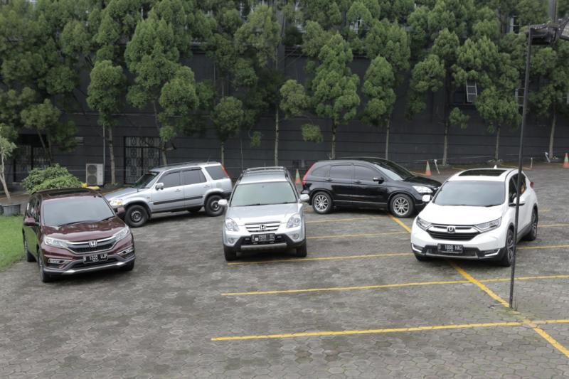 Selama 20 tahun eksis di pasar Indonesia, Honda CR-V sudah berevolusi hingga 5 (lima) generasi