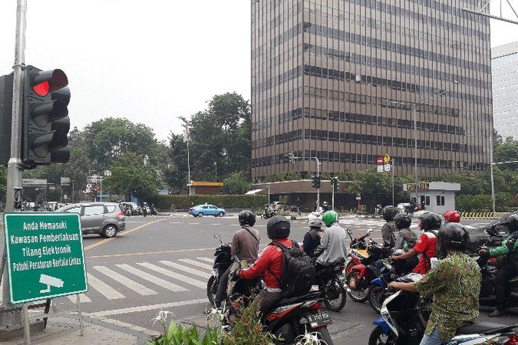Kamera tilang elektronik untuk sepeda motor akan ditempatkan di dua titik. (istimewa / Kompas)