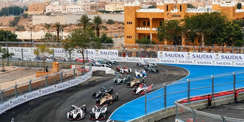 Trek Formula E di dalam kota Riyadh, Arab Saudi, tak sekadar lintasan tapi juga ketat soal safety. (Foto: gpdestinations)