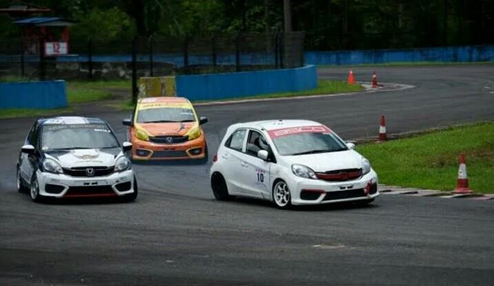 Balap Honda Jazz Speed Challenge dan Honda Brio Speed Challenge paling banyak diminati peserta. (foto : ist)