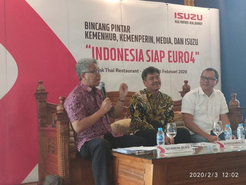 Isuzu Indonesia siap hadapi regulasi emisi EURO4 karena sudah memiliki engine yang mendukung EURO 4 sejak tahun 2011, yaitu engine Common Rail. (foto: istimewa)