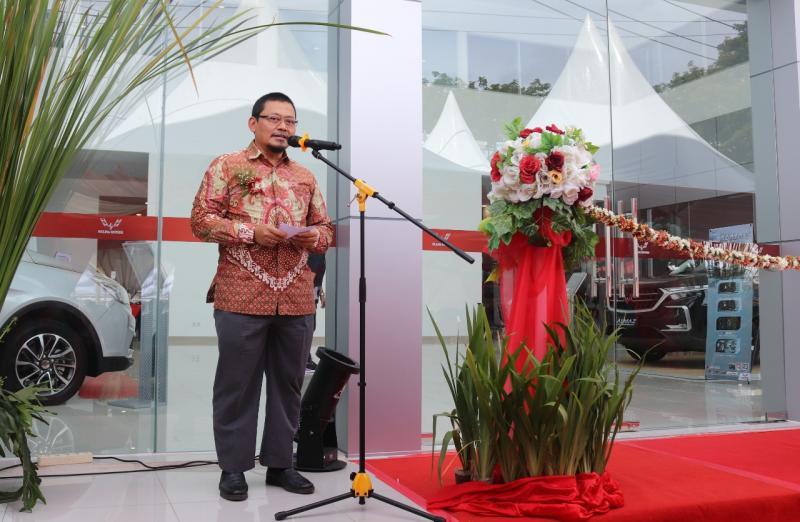 Taufik S. Arief, Aftersales Director Wuling Motors dalam peresmian Wuling Kumala Manado. (ist)