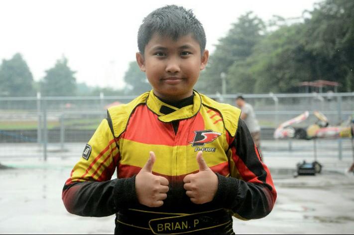 Febrian Putra Pratama lebih semangat hadapi musim balap 2020. (foto : fajar)