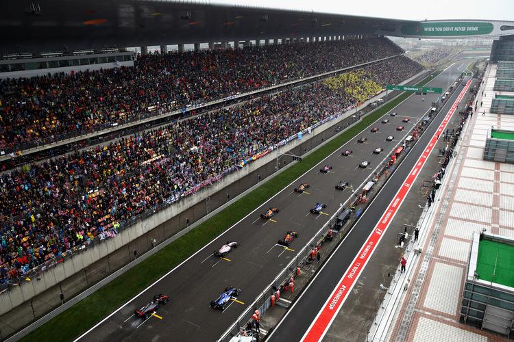 Sirkuit Shanghai yang menggelar GP China, pasar besar yang sayang jika dibatalkan. (Foto: f1)