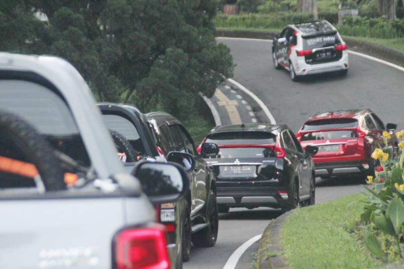 Kali ini, empat model SUV Mitsubishi yang terdiri dari Xpander Cross, Eclipse Cross, Outlander PHEV dan New Triton kami bawa jelajah Bali wilayah selatan.(anto)