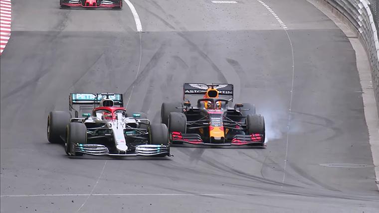 GP Monaco 2019, momen dimana Max Verstappen (Red Bull) mampu menekan Lewis Hamilton (Mercedes) hingga garis finish. (Foto: thenewswheel)