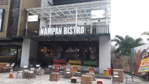 Riang Coffee, Tempat Kopdar Paling Asyik Dan Nyaman Bagi Bikers Di Jakarta Selatan