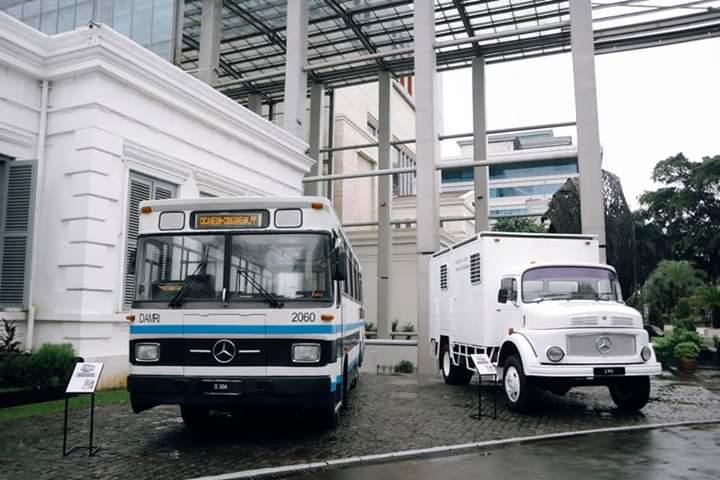 Pada tahun 1971, pabrik di Tanjung Priok, Jakarta, memulai produksi massal kendaraan komersial, Mercedes-Benz 911. Produksi truk kemudian diikuti oleh perakitan bus dan mobil penumpang. (istimewa)