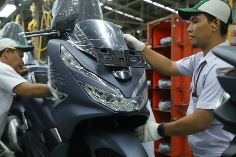 Ini Dia Warna Baru Honda PCX, Makin Mewah dan Eksklusif