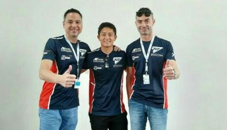 Dari kiri David Tjipto, Rio Haryanto dan Christian Colombo di sirkuit Sepang International Malaysia