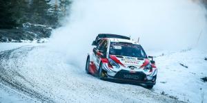 Elfyn Evans (Wales/Toyota gazoo Racing), baru dua kali membesut Toyota Yaris WRC langsung jadi pemimpin klasemen sementara 2020. (Foto: motorsportweek)