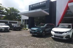 Dealer Peugeot Solo yang telah hadir sejak Bulan Mei 2019 lalu ini beralamat di JL. Adi Sucipto no. 135C, Jajar, Laweyan, Surakarta, Jawa Tengah.(anto)