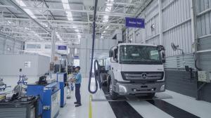 Penjualan kendaraan niaga Mercedes-Benz meningkat di tahun 2019