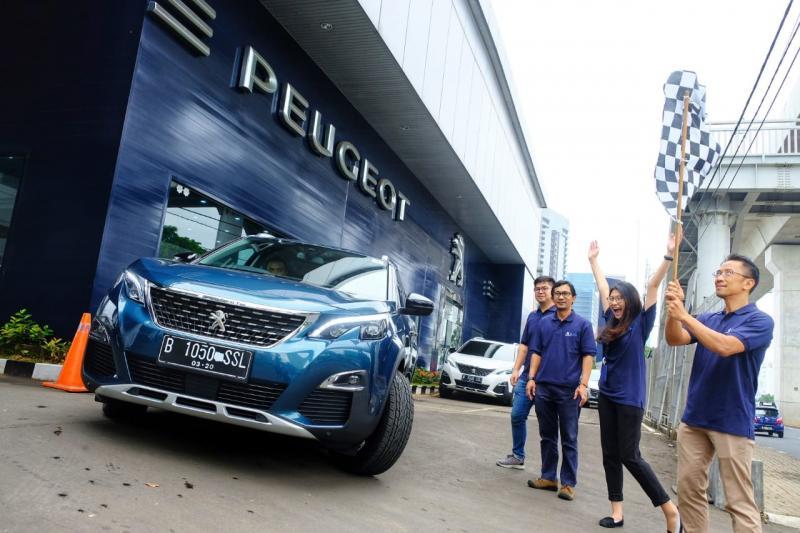 Media Test Drive Peugeot 3008 Allure Plus & Peugeot 5008 Allure Plus, Jakarta – Solo. Berangkat dari Dealer Astra Peugeot Cilandak dan berakhir di dealer Peugeot Solo. (anto)