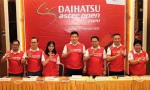 Manajemen Daihatsu, Astec, PBSI, dan Frisian Flag berfoto bersama di pembukaan Daihatsu Astec open 2020 Medan. (ist)