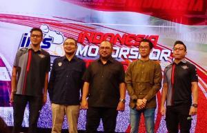 Rey Ratukore, Eric Saputra dan Aji Trilaksana mewakili pembalap pada launching IMS 2020 di Jakarta hari ini. (Foto : bs)
