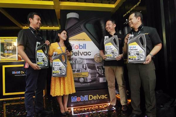 Mobil™ Lubricants Indonesia pun telah melakukan ACEA CEC bench test terhadap rangkaian pelumas Mobil Delvac lainnya.(foto: istimewa / bisnis.com)