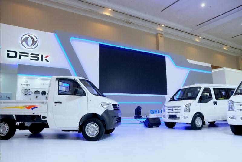 DFSK Super Cab ditawarkan dengan program pembiayaan khusus yang ditawarkan oleh Maybank, Mitsui, dan Mandiri Tunas Finance.(anto)