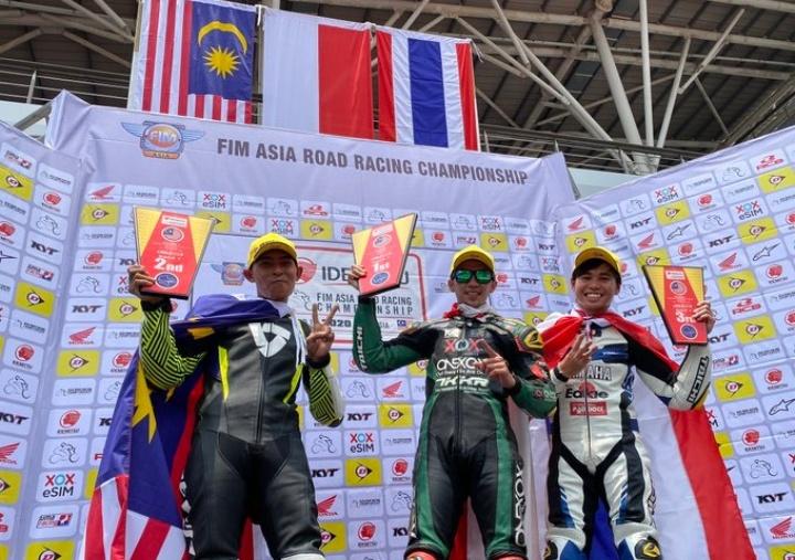 Race 1 ARRC Sepang 2020: Wahyu Aji Trilaksana Kumandangkan Indonesia Raya