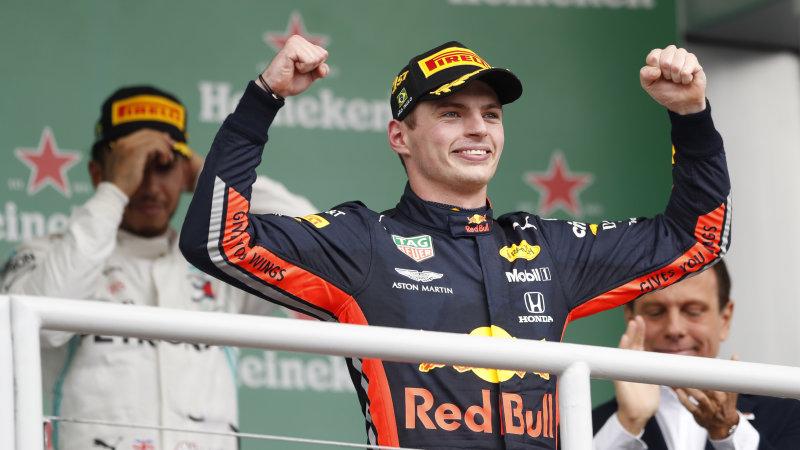 Max Verstappen (Belanda/Red Bull), mulai lancarkan perang urat syaraf ke kubu Lewis Hamilton. (Foto: autoblog)