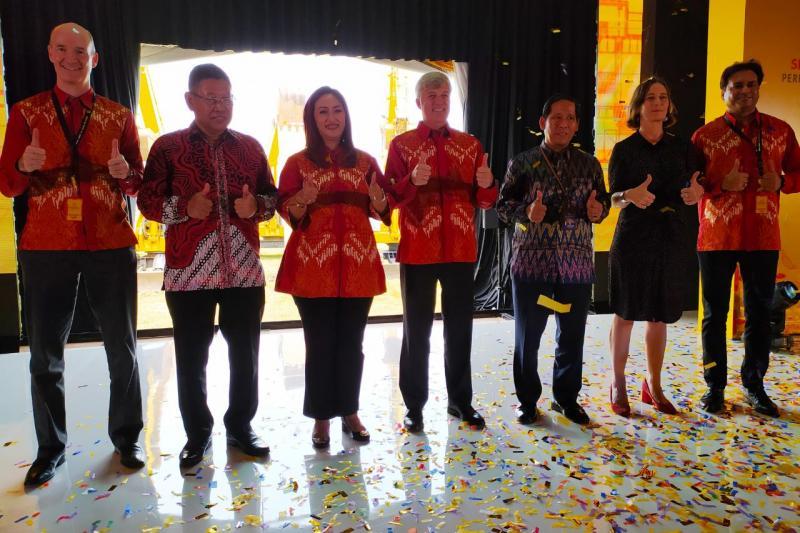 Manajemen Shell Indonesia, bertekad untuk terus membangun Indonesia dan menghasilkan produk terbaik. (anto)
