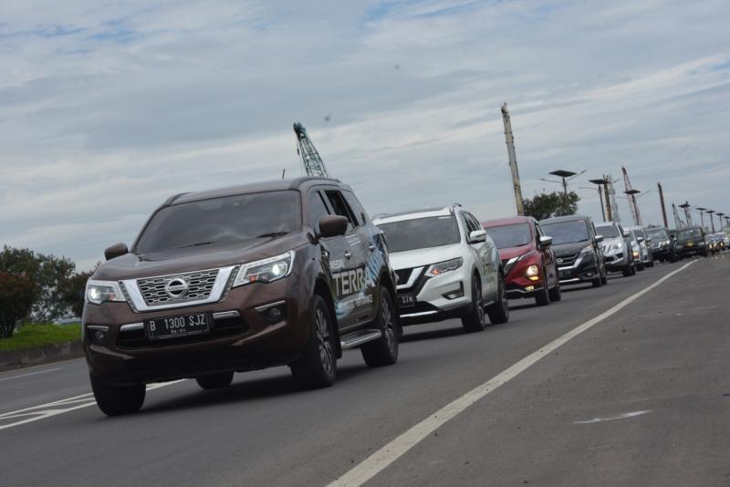 All New Nissan Terra dan All New Nissan Serena masing-masing meraih penghargaan bergengsi di ajang OTOMOTIF Award 2020. (NMI)