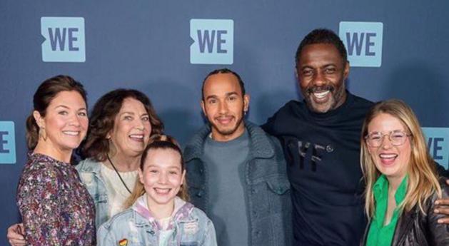 Lewis Hamilton di antara Sophie Trudeua (paling kiri) dan Idris Elba. (Foto: hbvl.be)