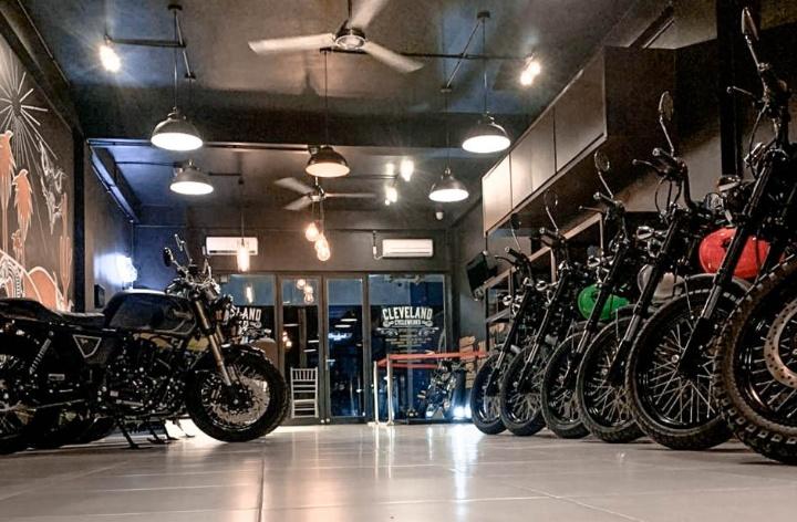 Soft Opening Dealer ketiga Cleveland Cyclewerks di Indonesia ini diadakan pada Sabtu, 21 Maret 2020 dari yang sedianya Grand Opening Ceremony di tanggal yang sama.(ist)