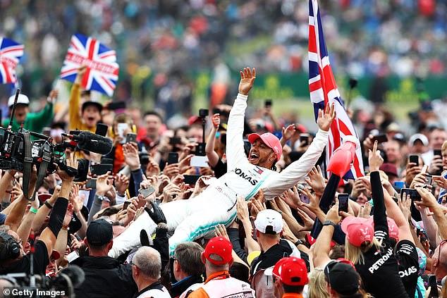GP Inggris dengan local hero Lewis Hamilton, selalu dipadati penonton. (Foto: gettyimages-dailymail)