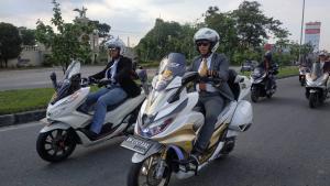 Emejing, Puluhan Member HPCI Pekanbaru Ikuti PCX Luxurious Ride 2020