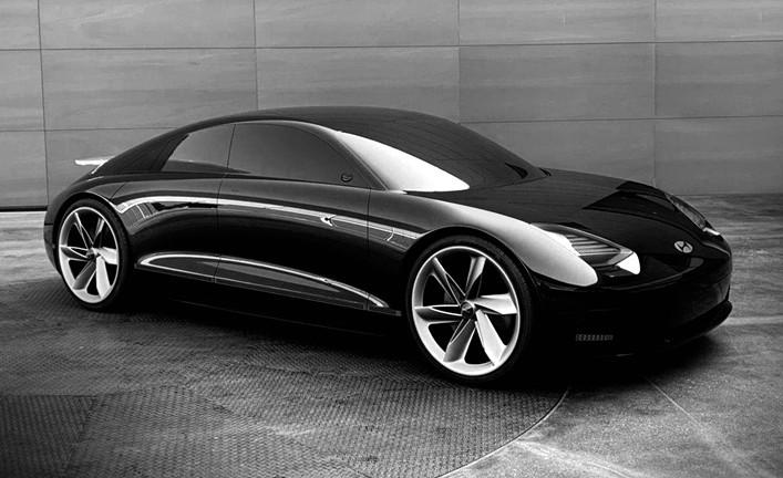 Desainer Hyundai menorehkan desain abadi melalui tarikan garis streamline lewat aerodinamika yang tajam dan mengesankan.(Hyundai)