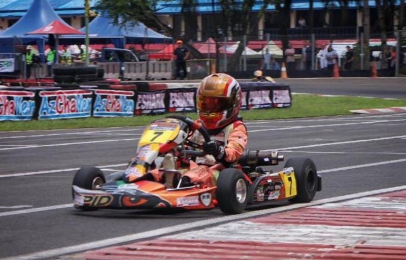 Qarrar Firhand menjelma sebagai bintang baru dan didoakan Tommy Soeharto jadi pembalap F1 kelak. (Foto : tanada)