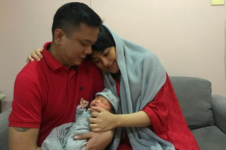 Advannov, Beby dan Alpina bayi perempuannya