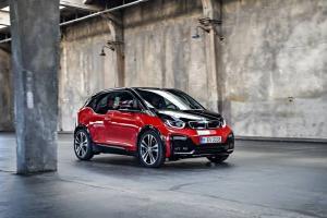 BMW i3 terbaru siap mengaspal di Tanah Air. (Foto : ist)