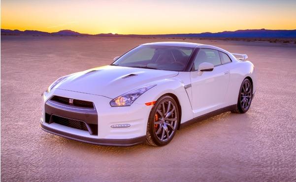 Nissan GT-R 2014 US Version. Performa standarnya mampu bersaing dengan Supercar Eropa. (Nissan Global)