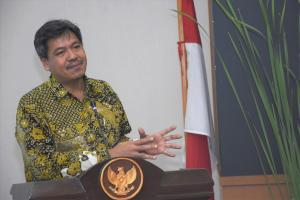 Putu Juli Ardika, meminta pelaku industri otomotif di Indonesia membuat ventilator untuk membantu penderita covid 19.