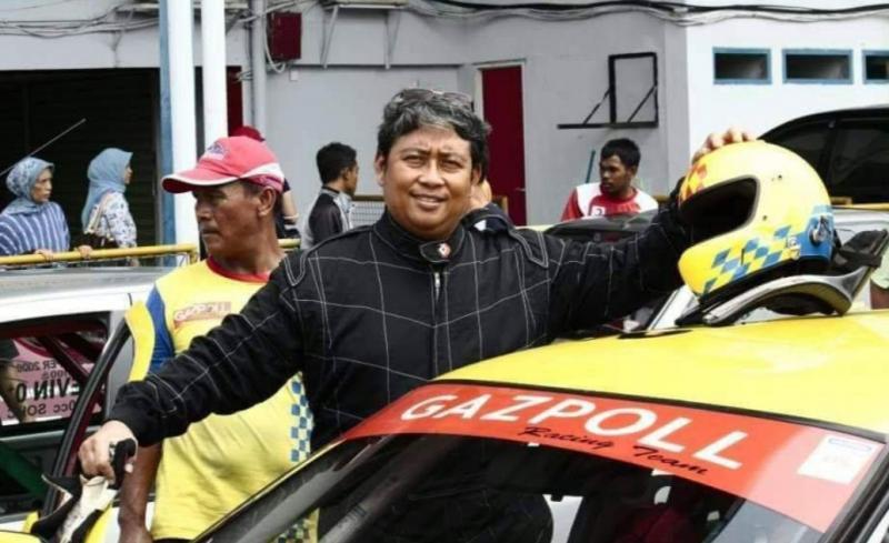 Dr Arminsyah dikenal sederhana, mengayomi dan sangat mencintai dunia balap mobil. (foto : gazpoll rt)
