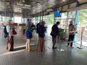 Transjakarta berlakukan sistem operasional baru selama PSBB