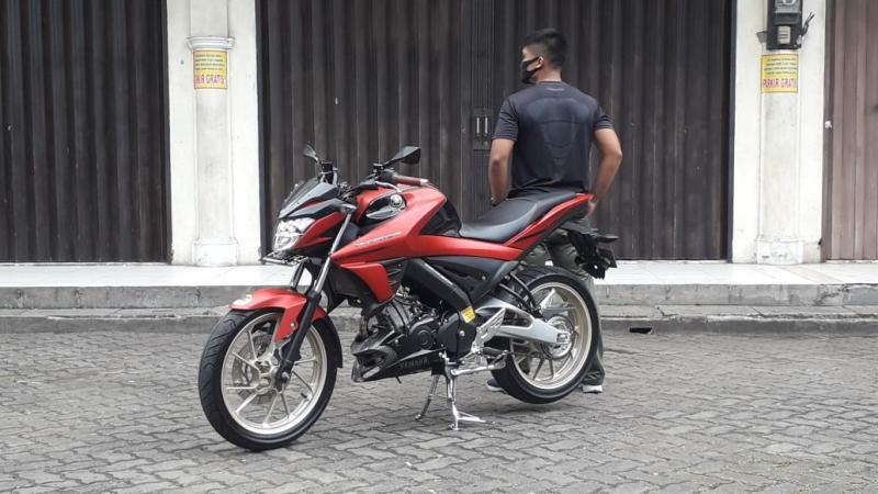 Modifikasi Yamaha Vixion R, Minimalis Tapi Manis Ala AD