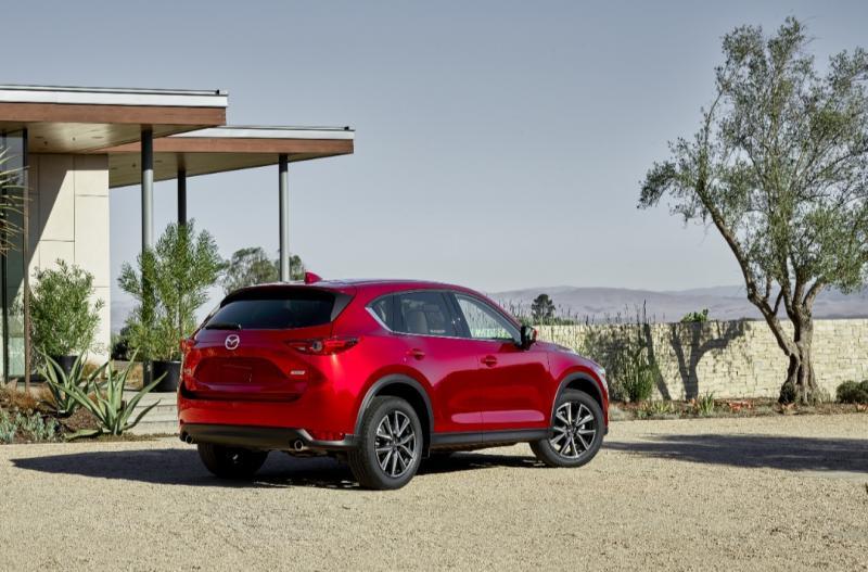 Mazda peroleh 4 penghargaan di ajang Otomotif Award 2020
