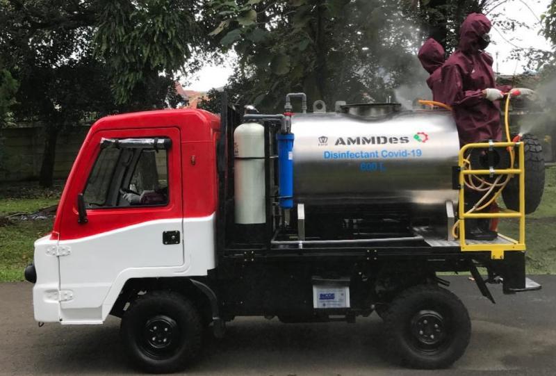 AMMDes yang telah dimodifikasi menjadi mobil penyemprot disinfektan