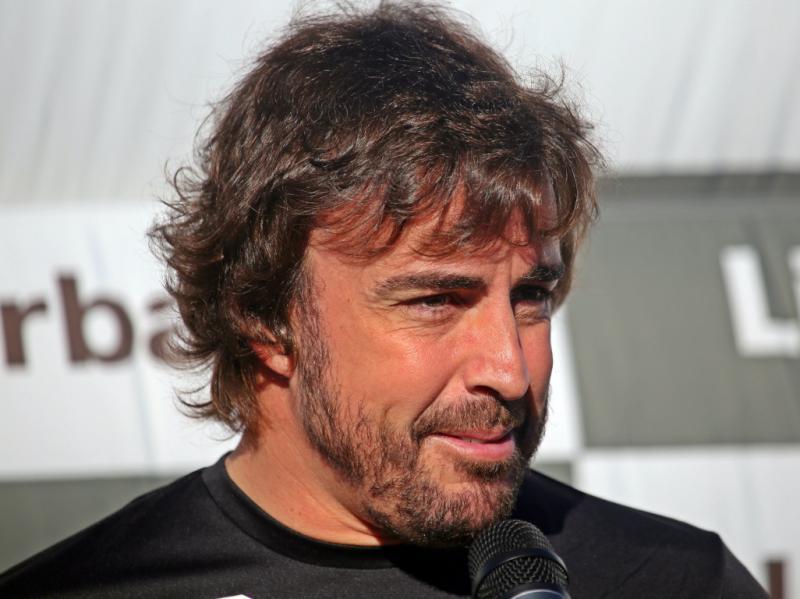 Fernando Alonso, driver senior yang disebut-sebut cocok mendampingi pilot muda Ferrari Charles Leclerc. (Foto: planetf1)