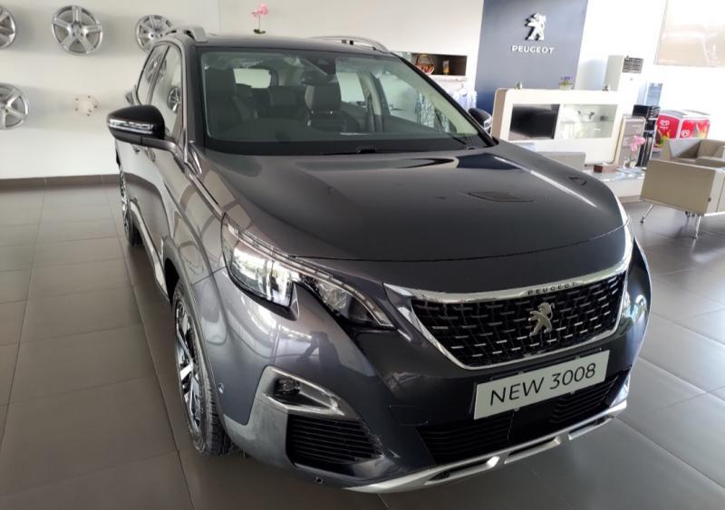 Peugeot New 3008 menjadi salah satu line up andalan Astra Peugeot. (foto : peugeot)