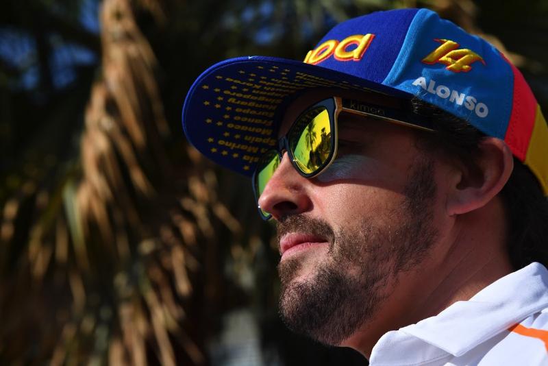 Fernando Alonso dikabarkan bakal menggantikan posisi Vettel di Ferrari. (Foto: grandprix)