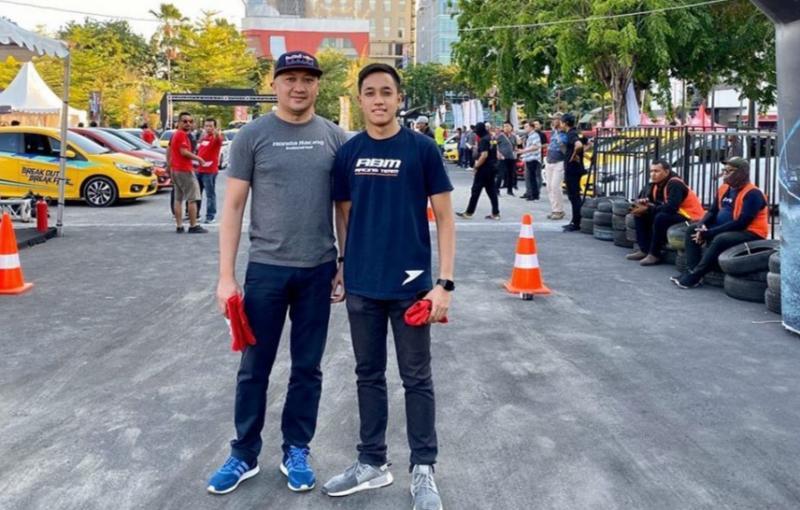Alvin Bahar dan putranya Avila Bahar yang sama-sama pembalap mobil nasional. (foto : ig ab)