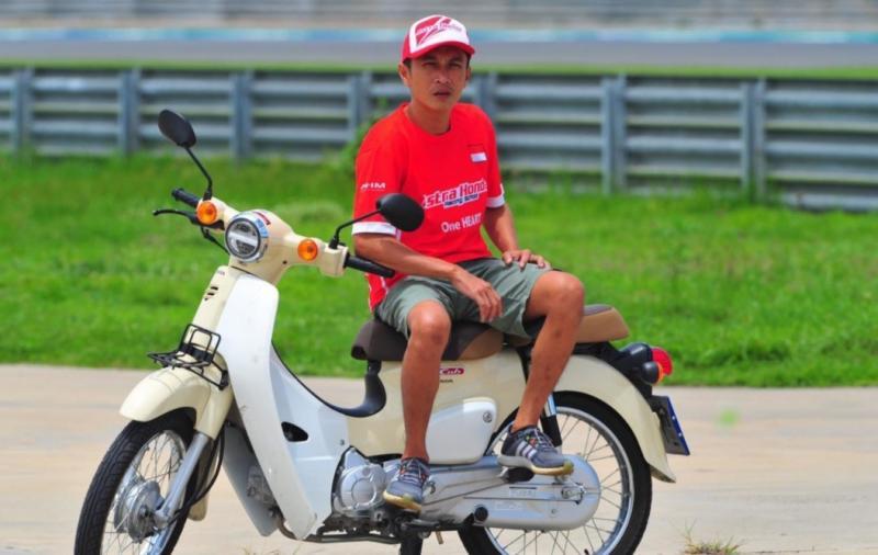 Hokky Krisdianto berharap Covid-19 segera berakhir, dan balap motor Oneprix bisa mulai Juli 2020. (foto : ist)